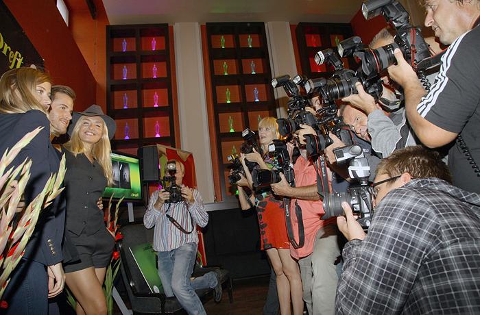 Celebrity versus fotografove