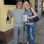 Dalibor Janda s dcerou Jiřinou přinesli nejen láhev vína