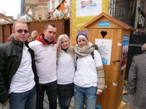 Zaměstnanci_PROFI_CREDIT_v_čele_s_marketingovým_ředitelem_Ondřejem_Lokvencem_podpořili_UNICEF
