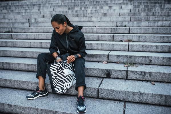 Dámská stylová taška PUMA ARCHIVE SHOPPER