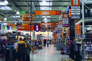 Hornbach Vnitrni pohled do marketu