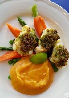 ryba v bylinkové krustě s batátovým pyré