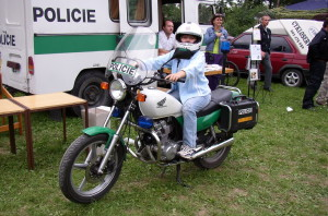 policie_motorka