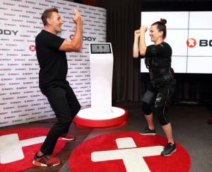 Herec Mark Keller a zpěvačka Marta Jandová