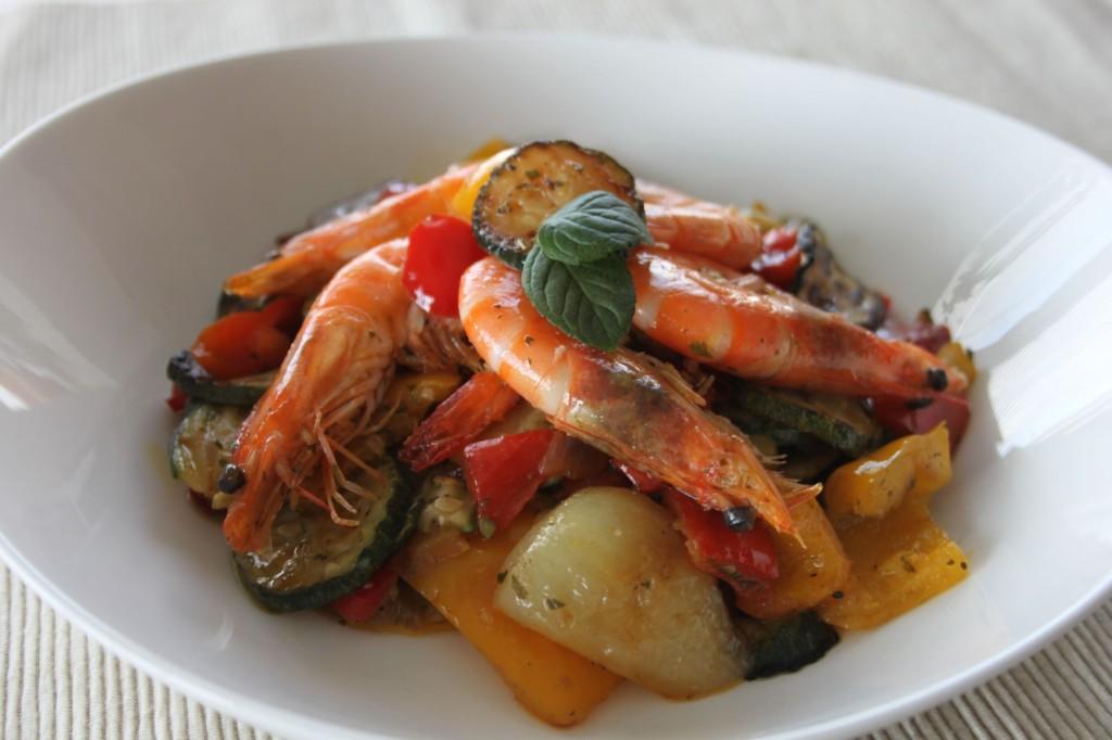 Salat_z_grilovane_zeleniny_s_krevetami