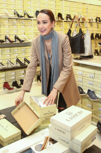 CCC_Karolina Krezlova si na akci vybrala hned nekolik paru bot