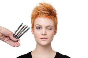 Metalické tužky na oči, 4 odstíny, Dermacol – 129,- Kč