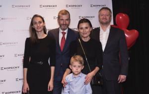 Srdeční záležitost - Jakub Železný s partnerkou, pan Kopecký s partnerkou a synem