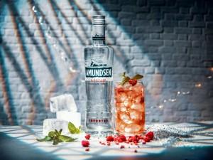 Amundsen_drink_lahev