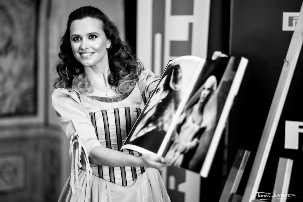 Odhalení Pirelli kalendáře 2020 - Zuzana Vejvodová