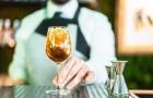 Nepít je trendy. Do Česka dorazila móda nealkoholických destilátů