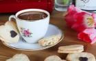 Valentýnské sušenky s kávovým krémem