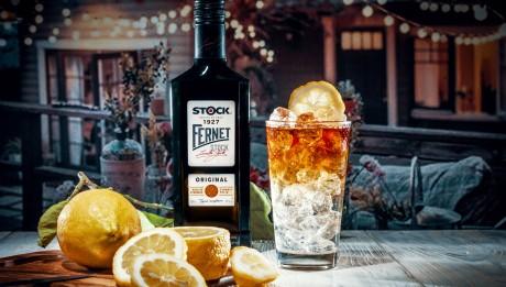 Fernet Stock Bavorák_s lahví