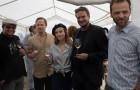 Trojská botanická zahrada představila vína z vinice sv. Kláry ročníku 2019 Jejich kmotry se stali herci a tvůrci filmu 3Bobule