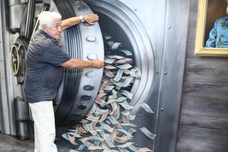 Jirí Krampol vyloupil bankovní trezor