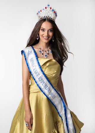 Nikola Kokyová reprezentuje Českou republiku na světové soutěži Miss Globe