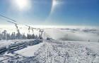 Běžkaře, milovníky zasněžených výhledů či malé návštěvníky čeká na Dolní Moravě zimní království