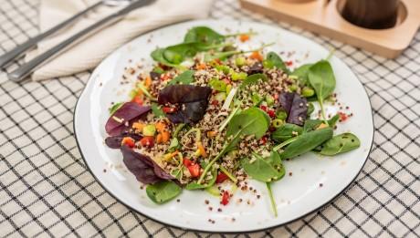 MENU_GOLD_Zeleninovy_salat_s_quinoou
